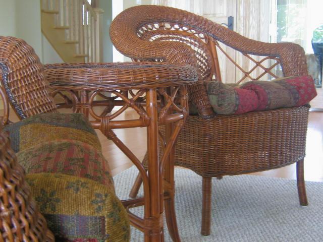 Искусственная плетеная мебель -- эстетика уюта